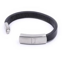 Breites Herrenarmband aus schwarzem Leder